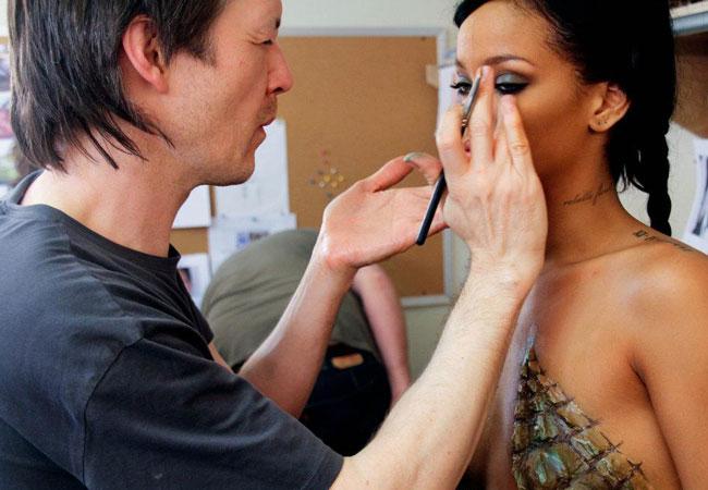 Rihanna (Foto: Reprodução/Facebook)