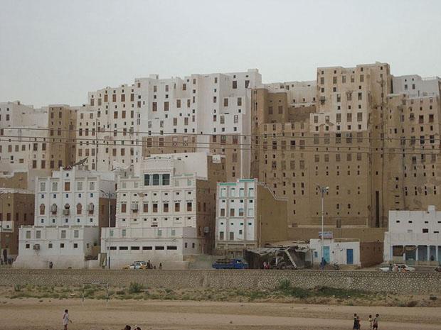 shibam_predio_argila_deserto (Foto: Foto: Aiman titi / http://en.wikipedia.org/wiki/File:Shibam2.JPG)