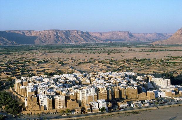 shibam_predio_argila_deserto (Foto: flickr / http://www.flickr.com/photos/peterpeers/3287595512/)