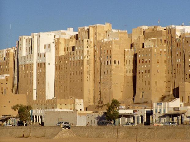 shibam_predio_argila_deserto (Foto: flickr / http://www.flickr.com/photos/twiga_swala/2286382213/)