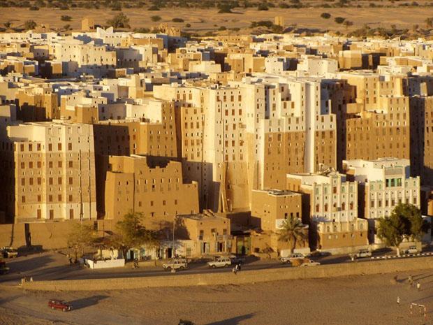 shibam_predio_argila_deserto (Foto: flickr / http://www.flickr.com/photos/twiga_swala/2287175446/)