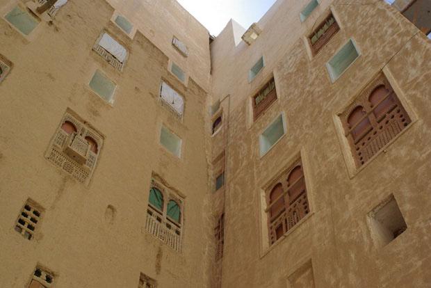shibam_predio_argila_deserto (Foto: flickr / http://www.flickr.com/photos/ydeeyu/3262881101/)