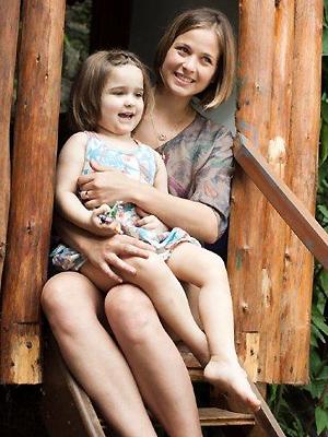 Luiza Valdetaro e a filha, Malu (Foto: Marcelo Corrêa)