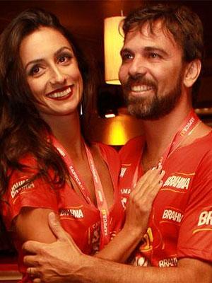 Marcelo Faria e Camila Lucciola (Foto: Jefferson Freitas/AgNews)