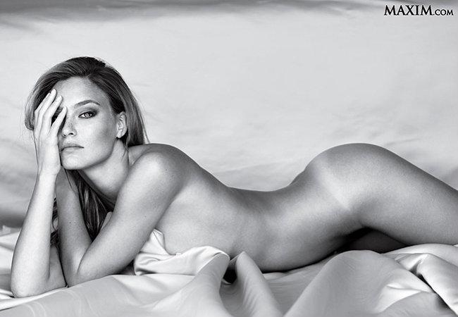 Bar Refaeli, a mais sexy de 2012 segundo a revista