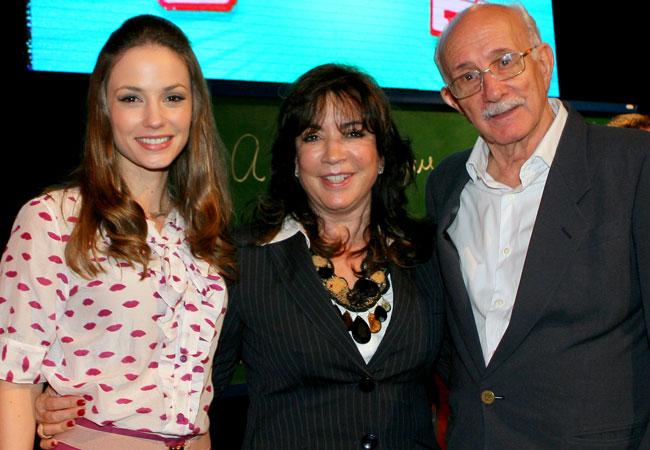 Rosanne Mulholland, Íris Abravanel e o diretor Reynaldo Boury (Foto: Divulgação/SBT)