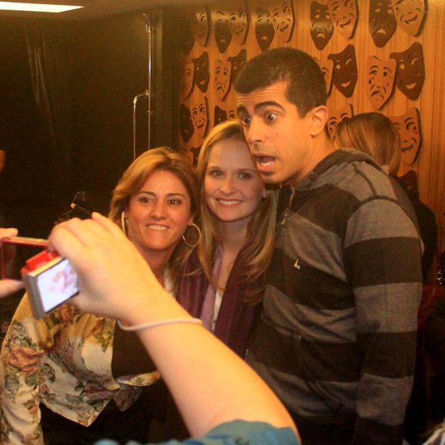 Marcius Melhem e Fernanda Rodrigues receberam o carinho dos fãs (Foto: Rodrigo dos Anjos/AgNews)