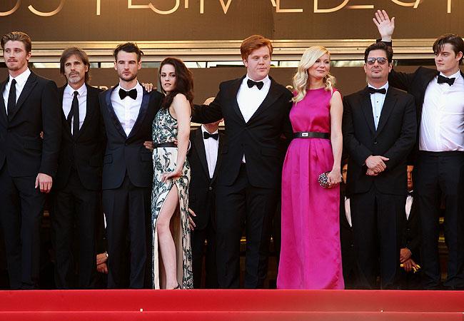 Garret Hedlund, diretor Walter Salles, Tom Sturridge, Kristen Stewart, Danny Morgan, Kirsten Dunst e o produtor Roman Coppola (Foto: Getty Images)