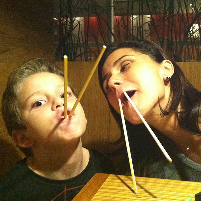 Pietro e Giovanna jantaram em um restaurante japonês (Foto: Reprodução/Facebook)