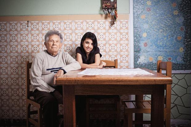 JOÃO  ROSSI  Tem 88 anos. Pai de seis filhos, tem quatro netos e quatro bisnetos. A caçula, Carolina, tem 15 anos (Foto: Camila Fontana/ÉPOCA)