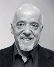 Paulo Coelho  é o escritor brasileiro mais publicado no mundo. Seus 19 títulos já venderam mais de 100 milhões de exemplares, são vendidos em 150 países e foram traduzidos em 66 idiomas (Foto: reprodução)