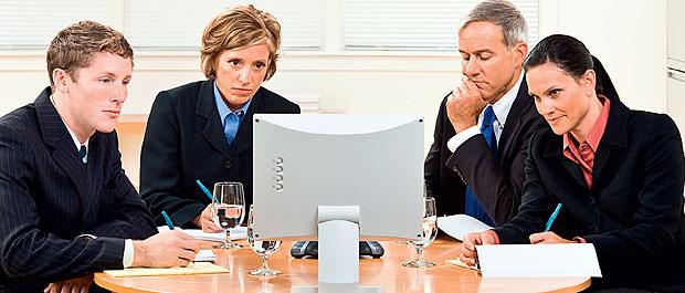 Quanta gente está nesta reunião? (Foto: Shutterstock)