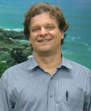 Fábio Rubio Scarano graduou-se em Engenharia Florestal pela Universidade de Brasília (1986) e obteve seu Ph.D. em Ecologia pela Universidade de St. Andrews, Escócia (1992). Realizou estágios pós-doutorais na Universidade Tecnológica de Darmstadt, Alemanha (Foto: Divulgação)