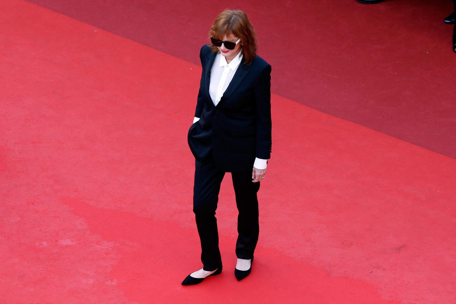 """CANNES, FRANCE - MAY 11:  Actress Susan Sarandon attends the """"Cafe Society"""" premiere and the Opening Night Gala during the 69th annual Cannes Film Festival at the Palais des Festivals on May 11, 2016 in Cannes, France.  (Photo by Pool/Getty Images)"""