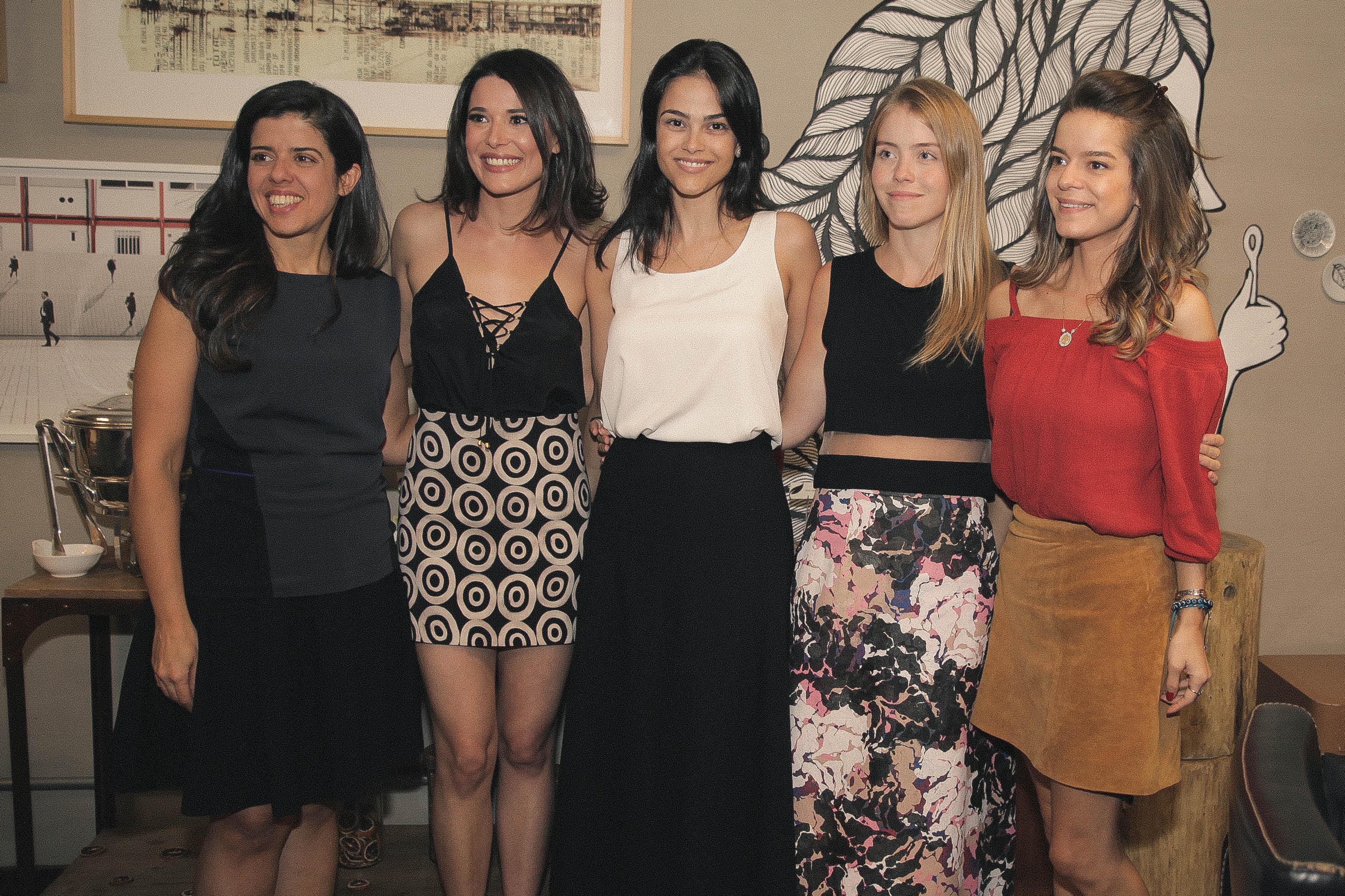 8d5d06cb721 Laces + Etiqueta Única promovem a ação