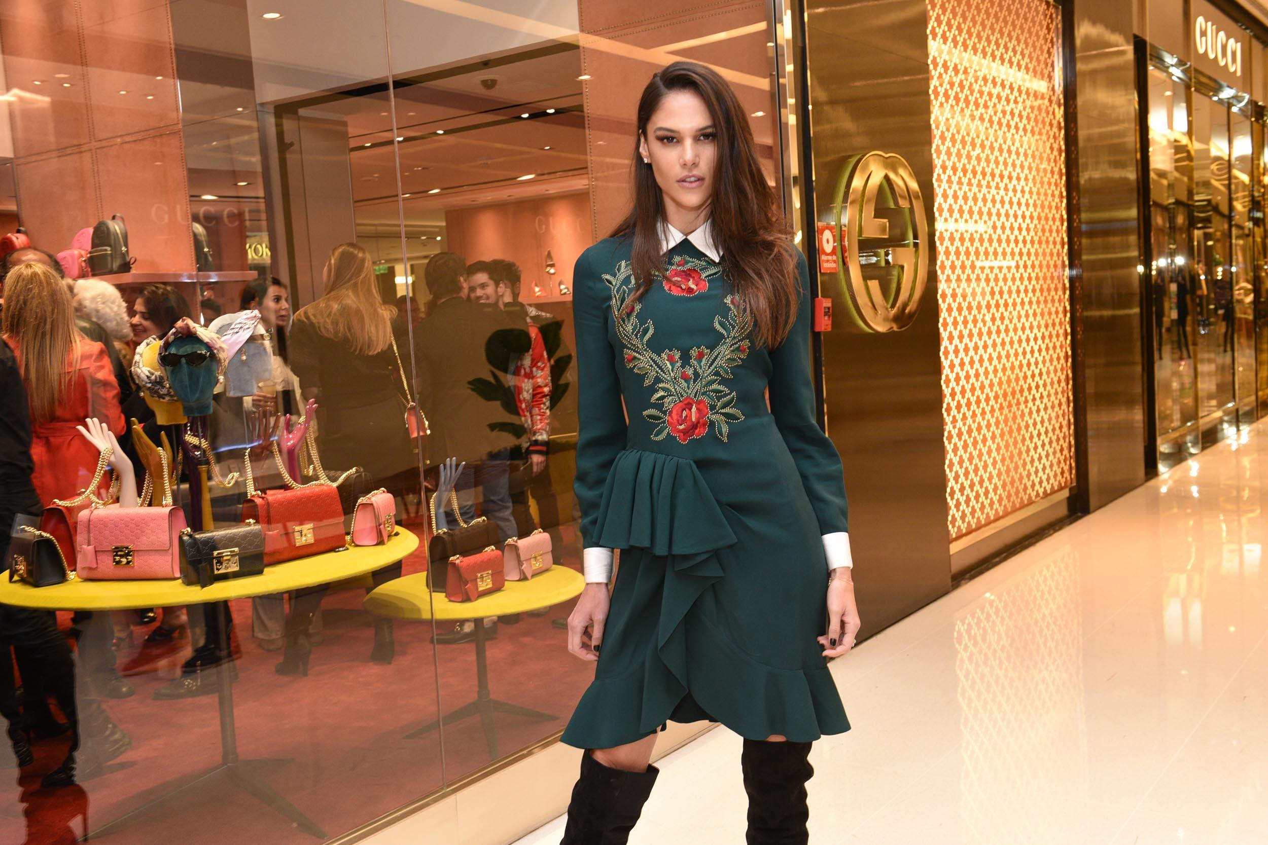 f7430aac3ac Gucci inaugura loja no JK Iguatemi - Vogue