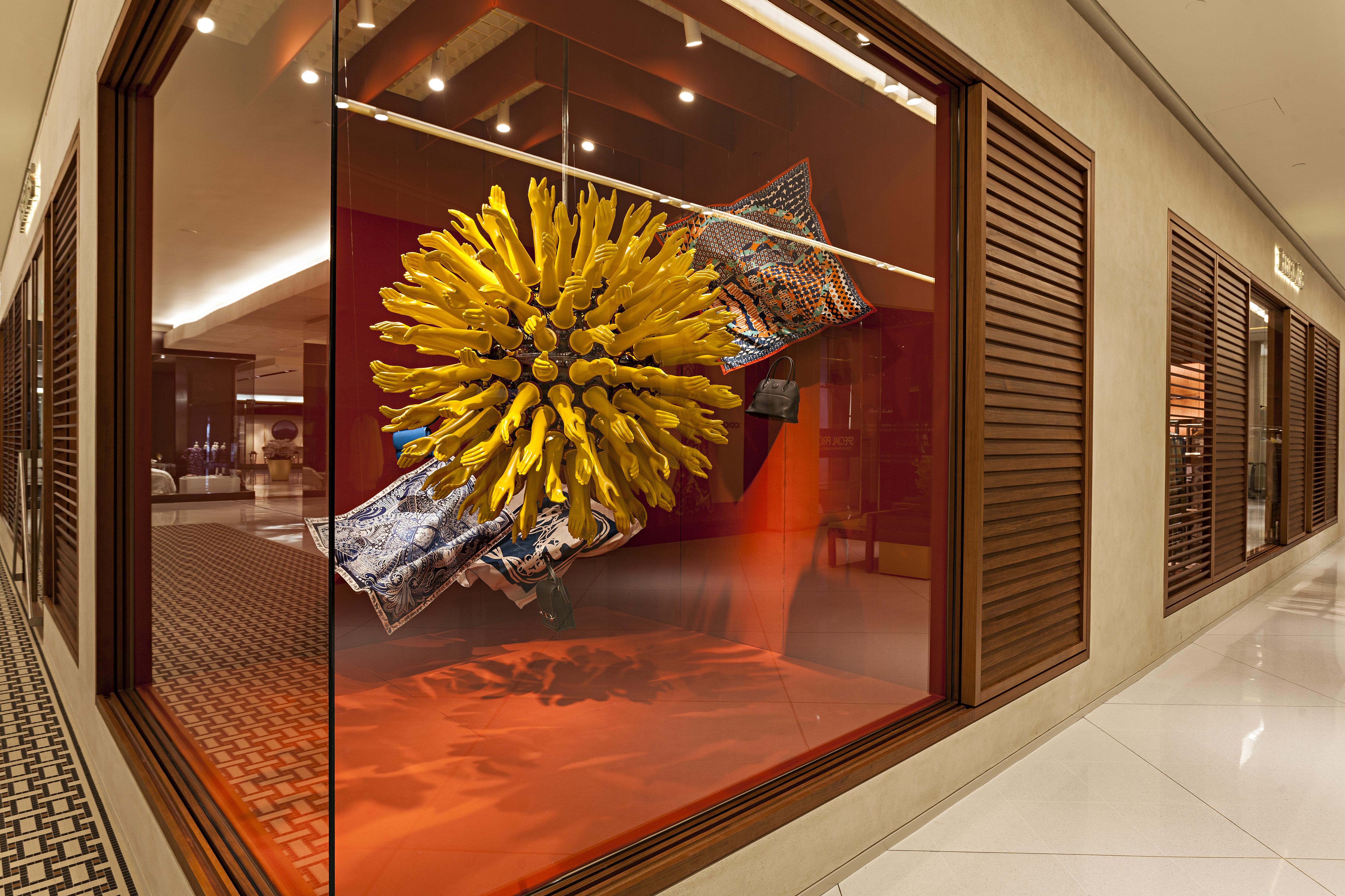 612162635e4 A inauguração da Hermès no shopping Iguatemi em São Paulo - Vogue ...