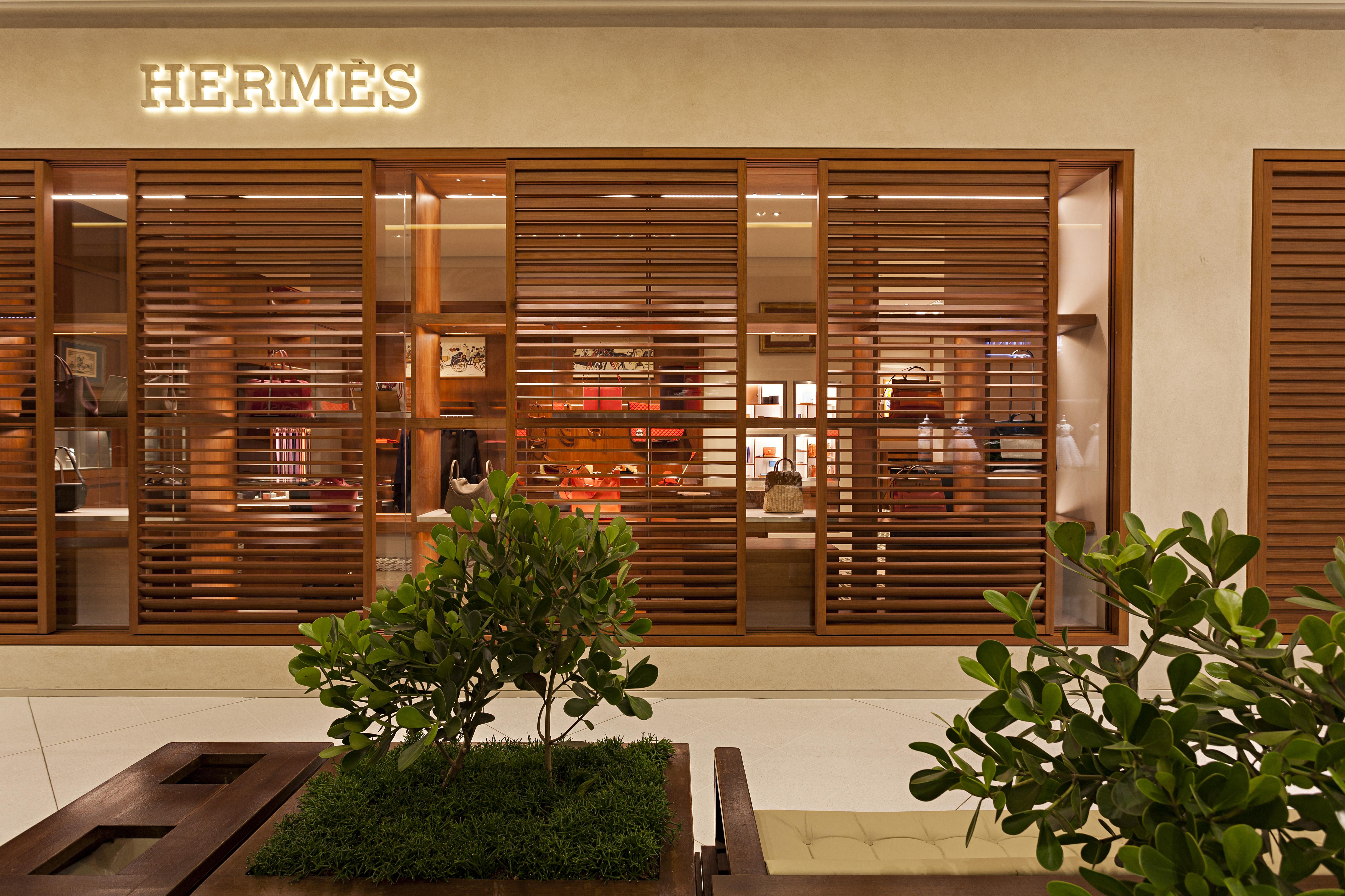2663d07d343 A inauguração da Hermès no shopping Iguatemi em São Paulo - Vogue ...
