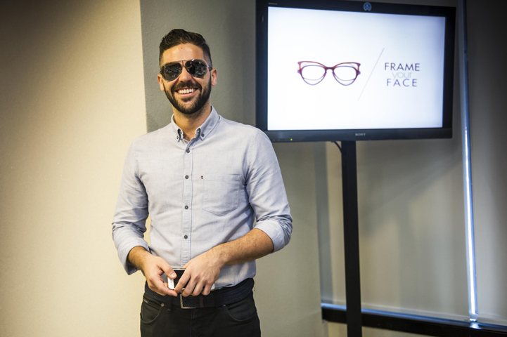 """d3ff8807d9e6f O auditório do Iguatemi Business recebeu nesta quinta-feira (19) o evento """"Frame  Your Face"""", promovido pela Luxottica em parceria com a Marie Claire."""