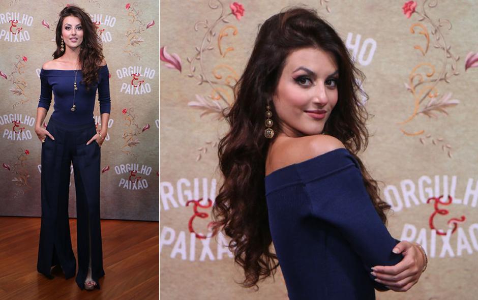 ad8aad24d Alessandra Negrini e Agatha Moreira usam looks iguais: